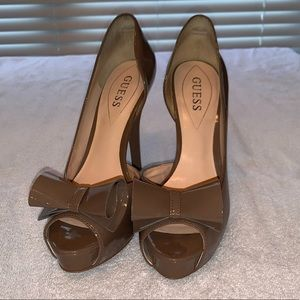 GUESS Bow Heels 👠